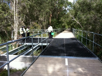 Moltruded FRP grating on bridge walkway